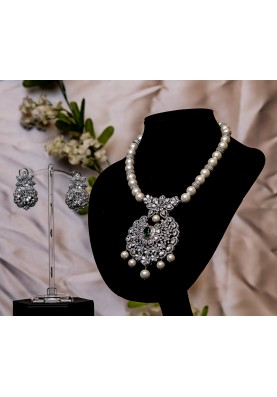 Princess Diamond Pendant Set