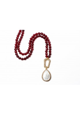 Mother of Pearl Druzy Necklace Red