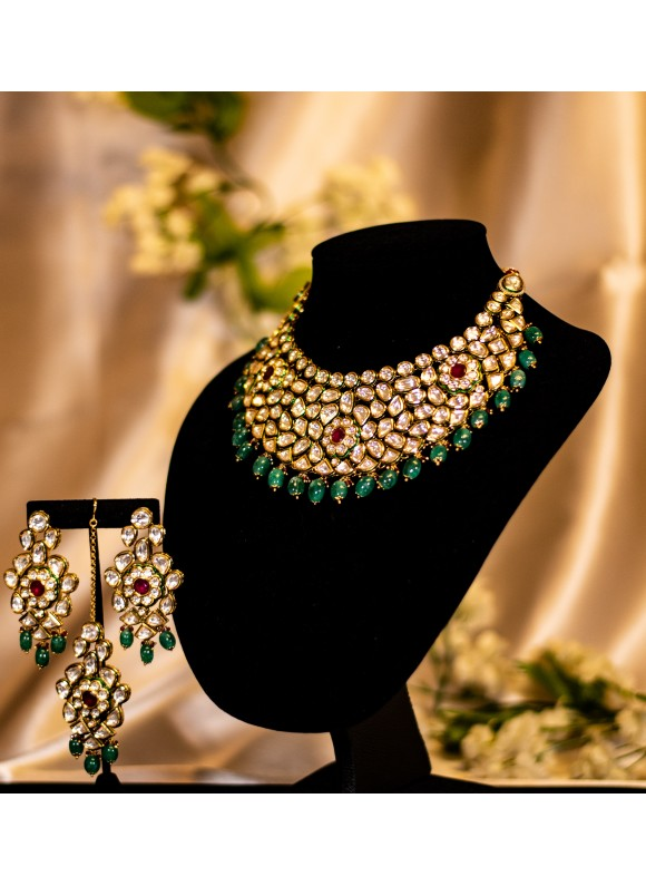 Emerald and Ruby kundan set
