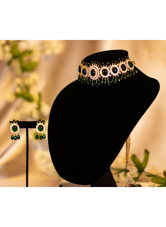 Royal Emerald Choker set